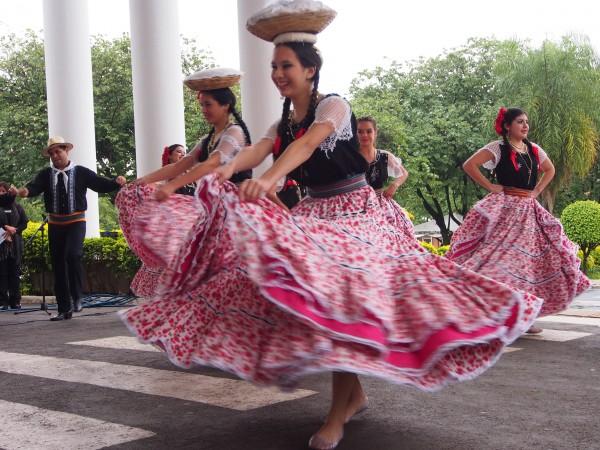 paraguayan chipa dance