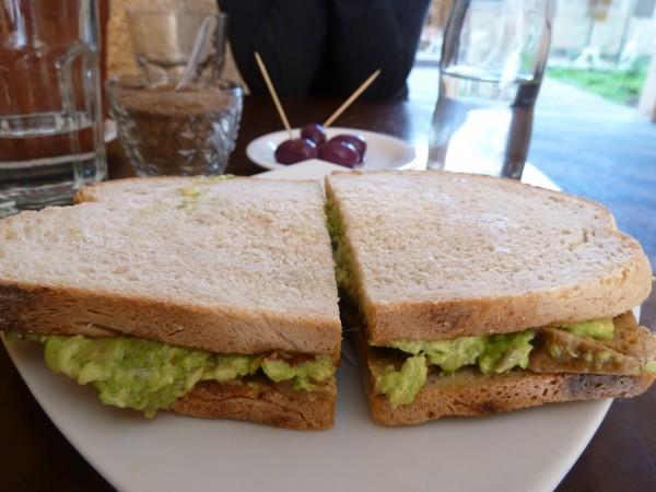 colmado sandwich